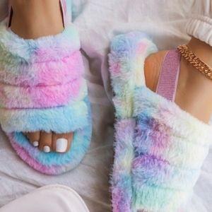 Fluffy Tie Dye Rainbow Slippers, sz 7